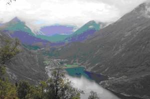 N_Blick_von_der_Adlerstrasse_in_den_Geirangerfjord_Dr_Feucht