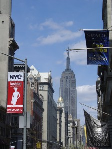 USA_New-York-Staedtereise_Empire-Building_Heideker Reisen_AVH-23