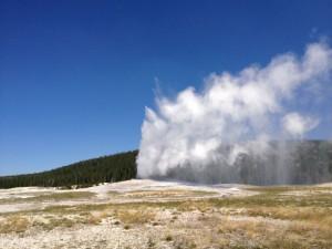 USA-Rundreise-Yellowstone-Nationalpark-Old-Faithful-Heideker-Reisen