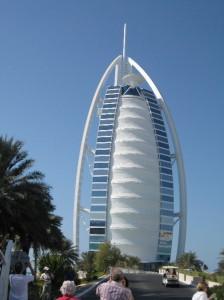 Dubai-Rundreise-Burj-Al-Arab-Hotel-Heideker-Reisen