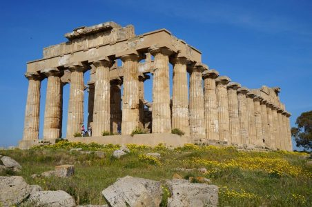 Italien_Sizilien-Rundreisen_Selinunt_Tempel-E_Südwestseite
